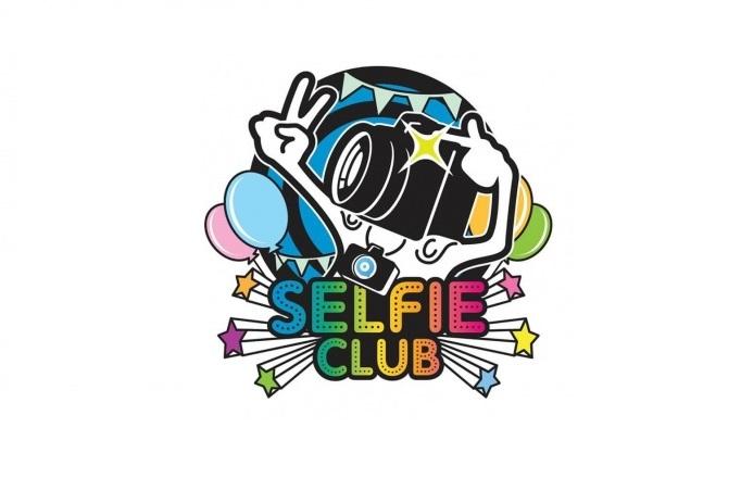 Selfie Club