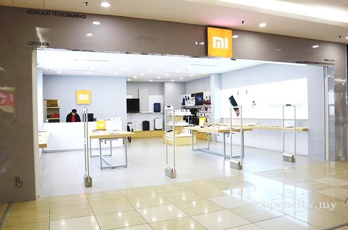 Mi Store (XiaoMi) @ Dataran Pahlawan